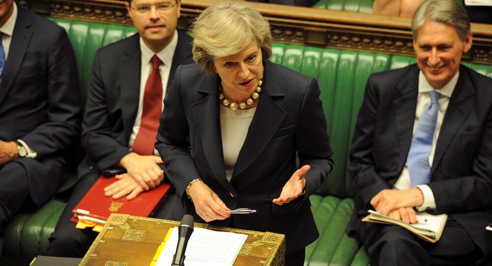 Theresa May, Avam Kamarası'ndaki 'Başbakan'a Sorular' oturumunda, milletvekillerinin sorularını yanıtladı.