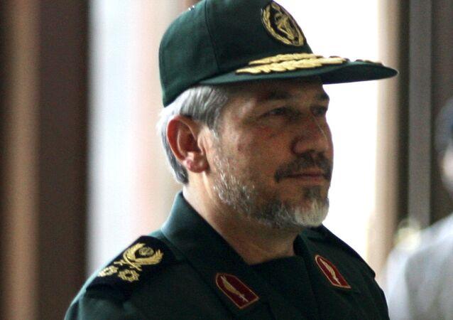 İran'ın ruhani lideri Ayetullah Ali Hamaney'in yüksek askeri danışmanı Tümgeneral Yahya Rahim Safevi