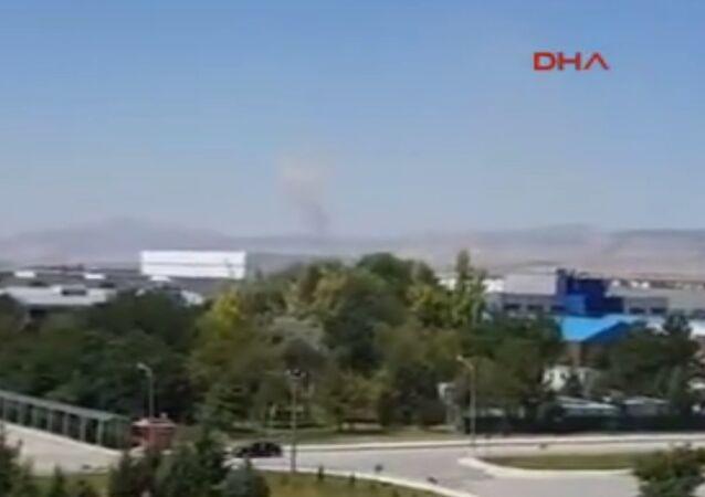 Akıncı Üssü'ndeki pistlerin bombalanmasının yeni görüntüleri ortaya çıktı.
