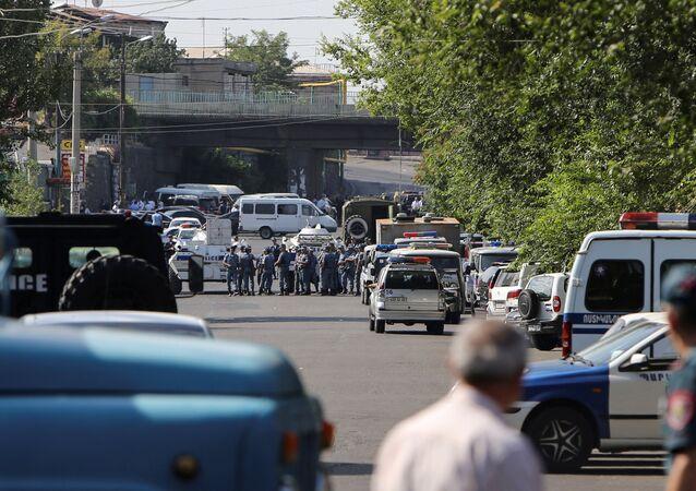 Erivan'da kriz sona erdi.