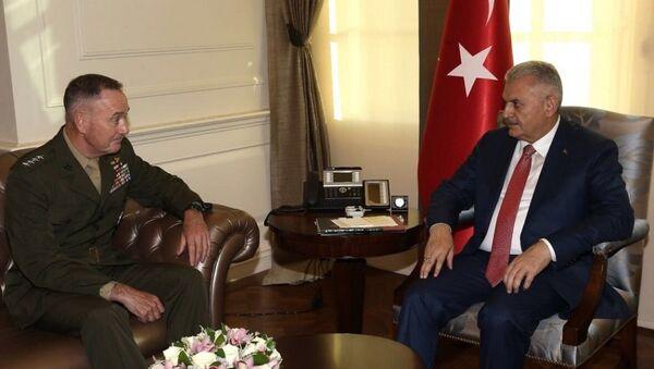 Başbakan Yıldırım, ABD Genel Kurmay Başkanı Joseph Dunford'u kabul etti. - Sputnik Türkiye