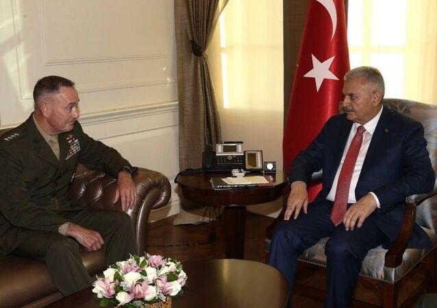 Başbakan Yıldırım, ABD Genel Kurmay Başkanı Joseph Dunford'u kabul etti.