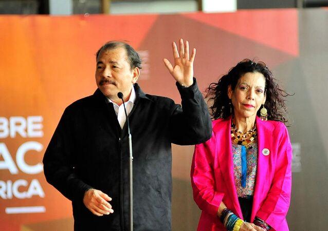 Nikaragua devlet başkanı Daniel Ortega ve eşi Rosario Murillo