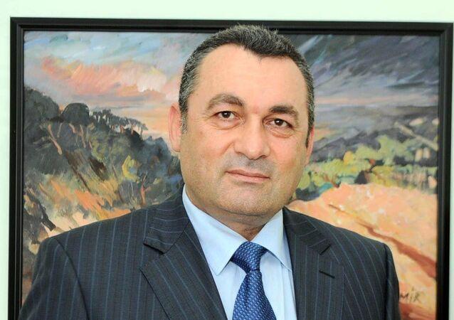 Prof. Dr. Mimar Türkkahraman
