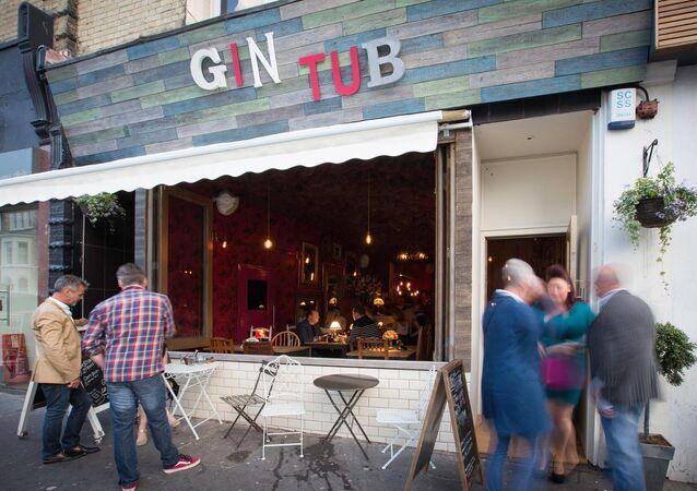 İngiltere / Pub / The Gin Tub