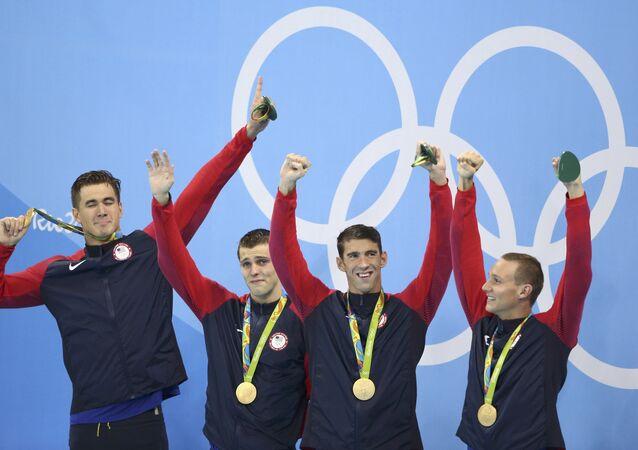 2016 Rio Olimpiyat Oyunları'nda düzenlenen yüzme yarışmalarında, dört kategoride madalyalar sahiplerini buldu.