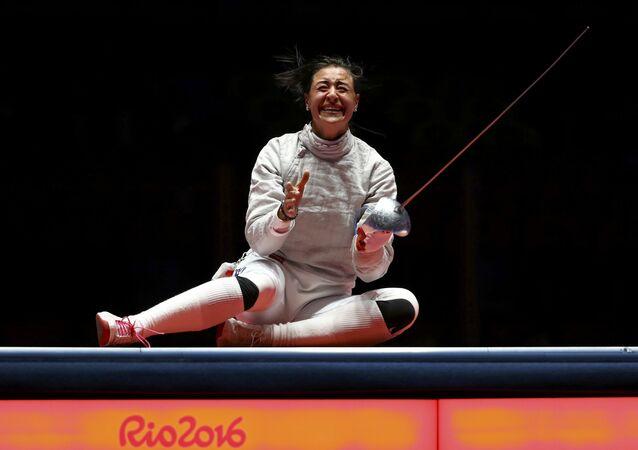 2016 Rio Olimpiyat Oyunları'nda kadınlar bireysel kılıçta iki sporcusu finale kalan Rusya'dan eskrimci Yana Yegoryan altın madalya kazandı