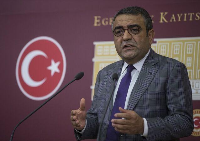 CHP İstanbul Milletvekili Mustafa Sezgin Tanrıkulu