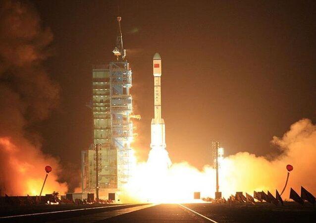 Çin uydu