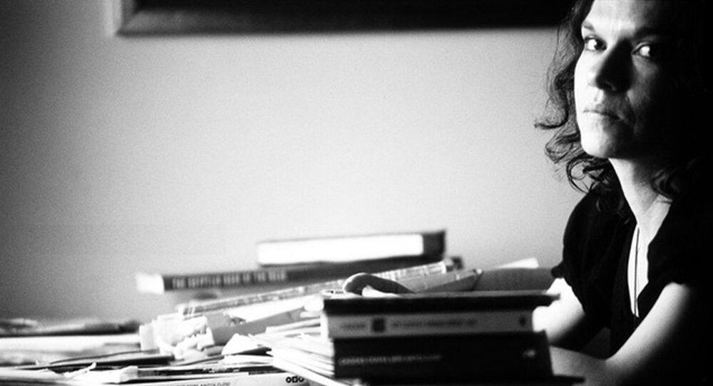 Yazar Aslı Erdoğan