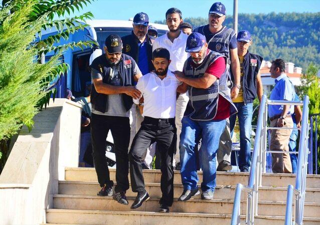 Darbeci askerler hakkındaki iddianameler kabul edildi