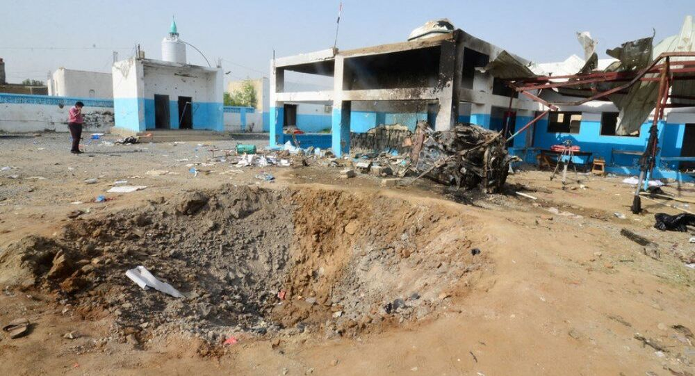 15 Ağustos'ta Hacca'daki Arap koalisyonu saldırısında 19 kişi ölmüş ve 24 kişi de yaralanmıştı.STD'nin hastanesinin bahçesinde de büyük bir çukur meydana geldi.