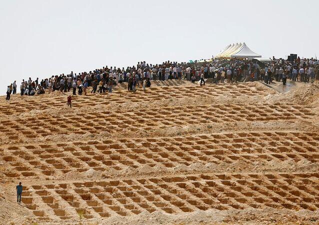 Gaziantep saldırısında ölenler için hazırlanan mezarlar