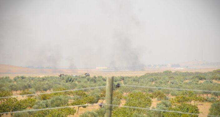 'Fırat Kalkanı' operasyonuna katılan Türk tankları Suriye sınırını geçti.