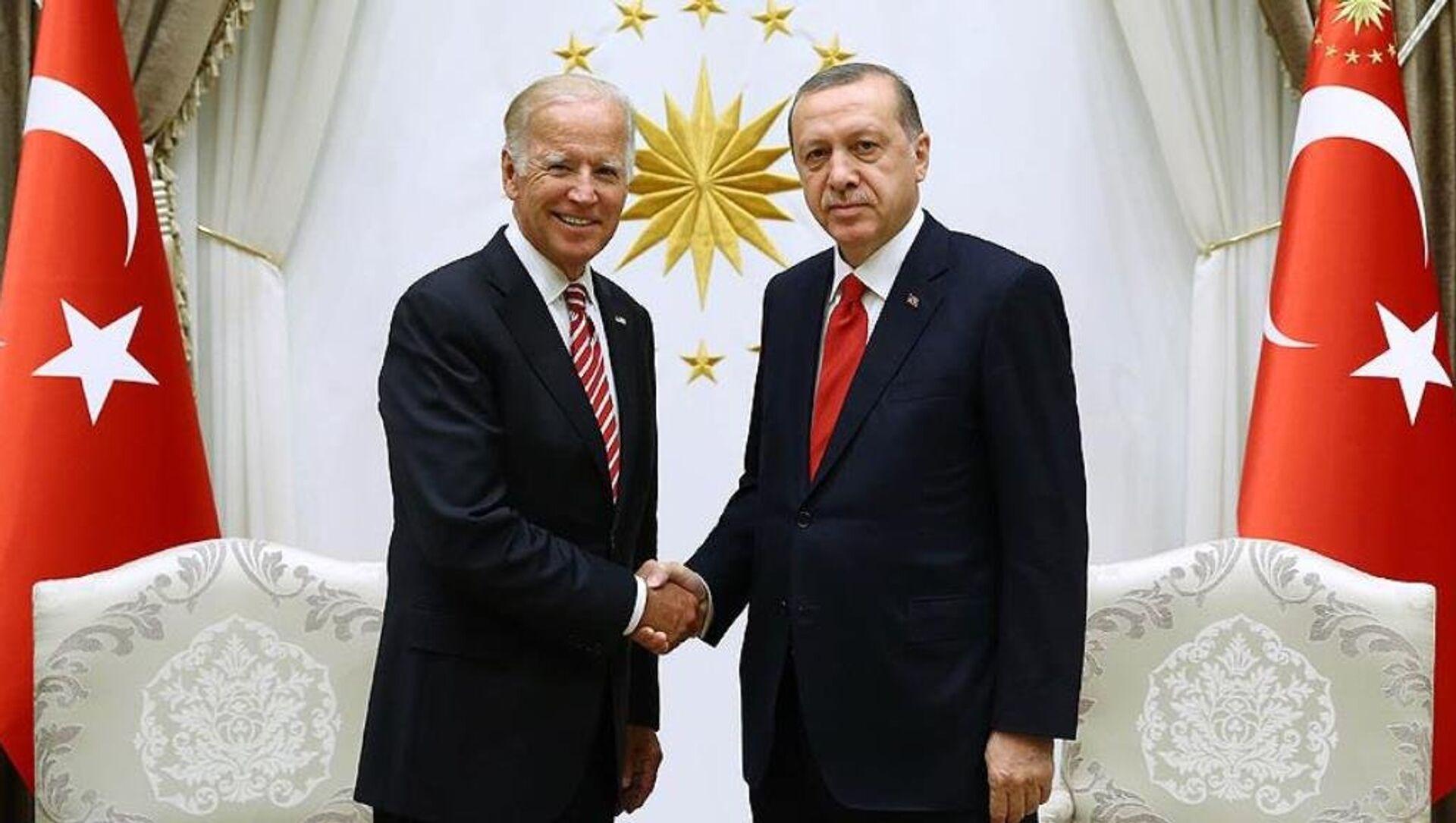 Joe Biden ve Recep Tayyip Erdoğan - Sputnik Türkiye, 1920, 26.04.2021