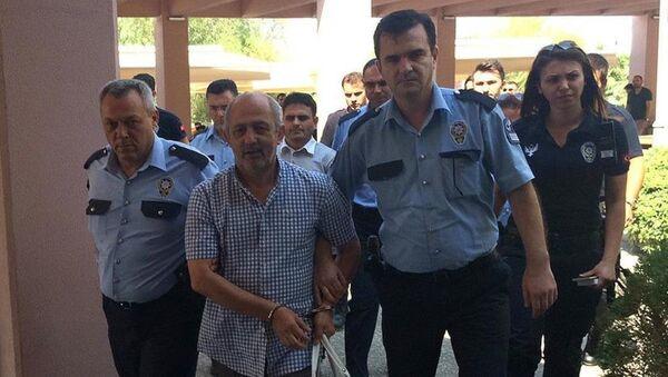 Eski İzmir Emniyet Müdürü Ali Bilkay - Sputnik Türkiye