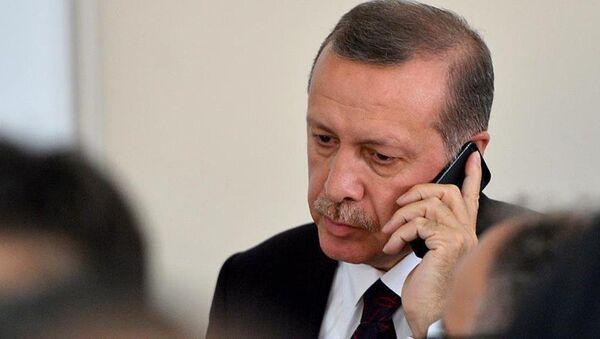Recep Tayyip Erdoğan - telefon - Sputnik Türkiye