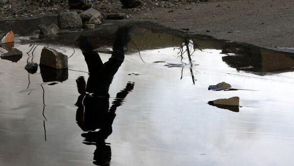 IŞİD, Kayyara'daki petrol kuyularını patlattı - Sputnik Türkiye