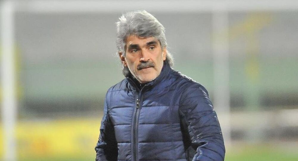 Eski Galatasaraylı futbolcu Uğur Tütüneker
