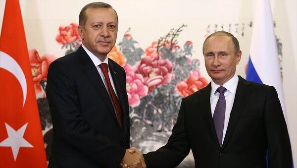 Cumhurbaşkanı Recep Tayyip Erdoğan ve Rusya Devlet Başkanı Vladimir Putin. - Sputnik Türkiye