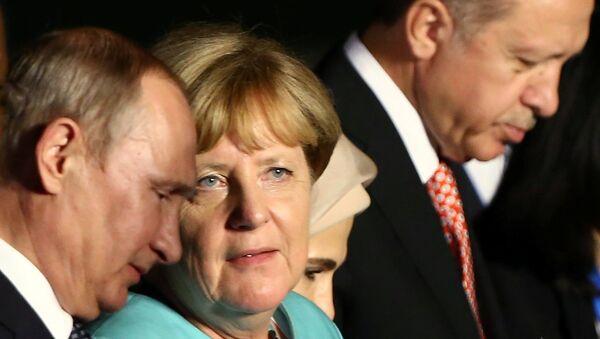 Vladimir Putin - Angela Merkel - Recep Tayyip Erdoğan - Sputnik Türkiye
