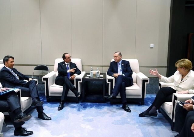 Recep Tayyip Erdoğan - Fransa Cumhurbaşkanı François Hollande - Almanya Başbakanı Angela Merkel - İtalya Başbakanı Matteo Renzi