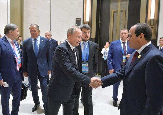Putin ve Sisi, G20 Zirvesi'nde bir araya geldi