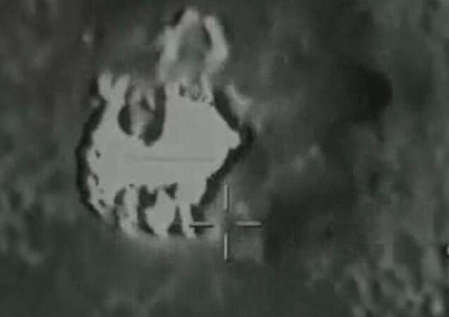 Türk Silahlı Kuvvetleri, Kuzey Irak'ta bulunan Gara bölgesine hava harekatı düzenlendiğini açıkladı.