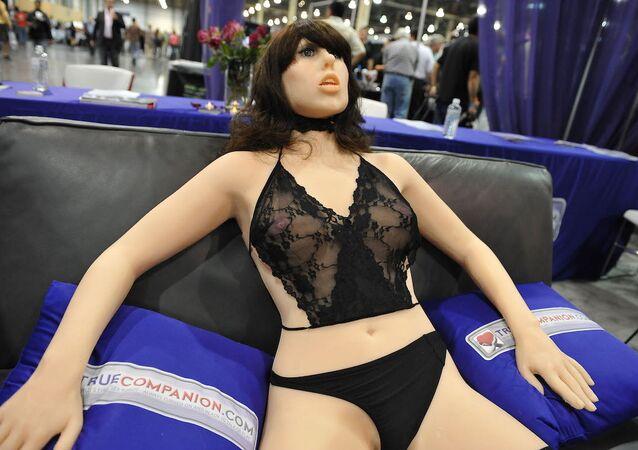 ABD'de bir fuarda sergilenen 'True Companion' (Gerçek Eş) isimli seks robotu.
