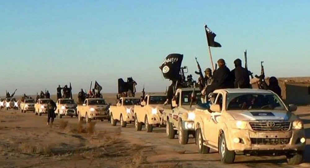 IŞİD, kalesi Rakka'da
