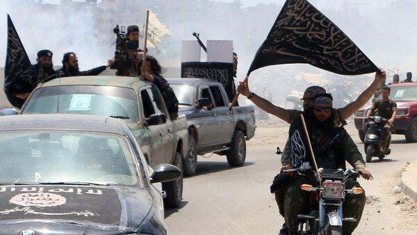 El Kaide bağlantılı El Nusra militanları - Sputnik Türkiye
