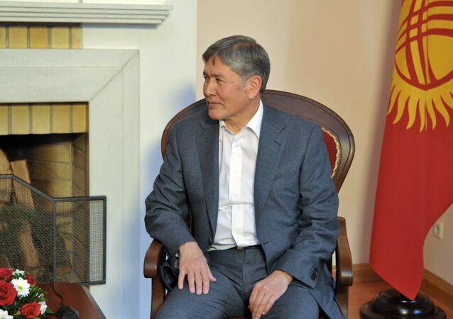 Kırgısiztan Devlet Başkanı Almazbek Atambayev