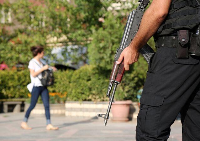 Polis / güvenlik önlemi