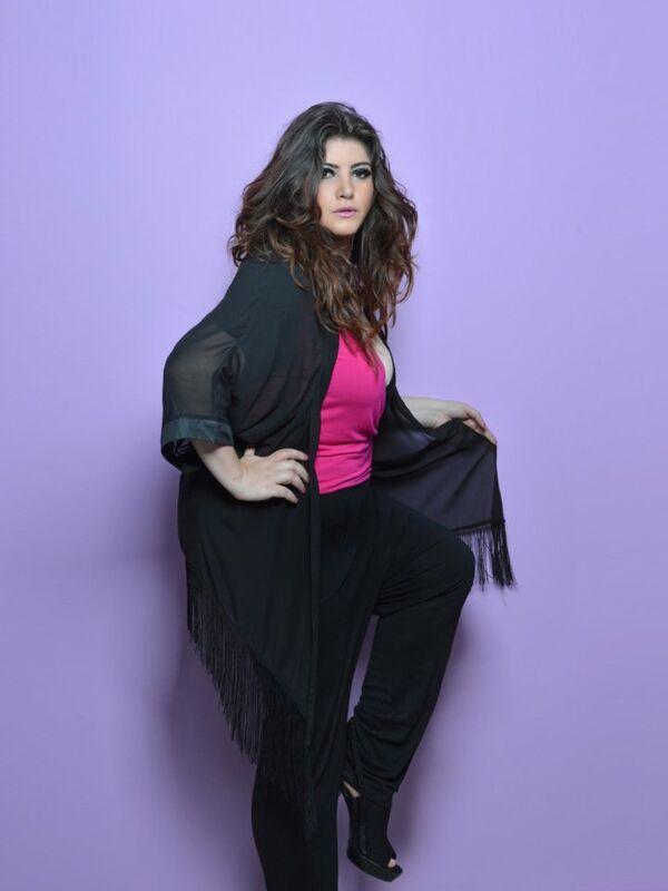 Anoreksiya rahatsızlığından (yemek yememe bozukluğu) kurtulduktan sonra, büyük beden kadınlar için bir ajans kuran Ekvadorlu güzel Maria Eugenia Donoso, moda dünyasının standartlarını yıktı. - Sputnik Türkiye