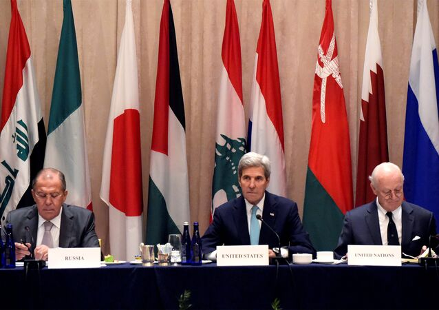 Sergey Lavrov ve John Kerry Uluslararası Suriye Destek Grubu toplantısında biraraya geldi