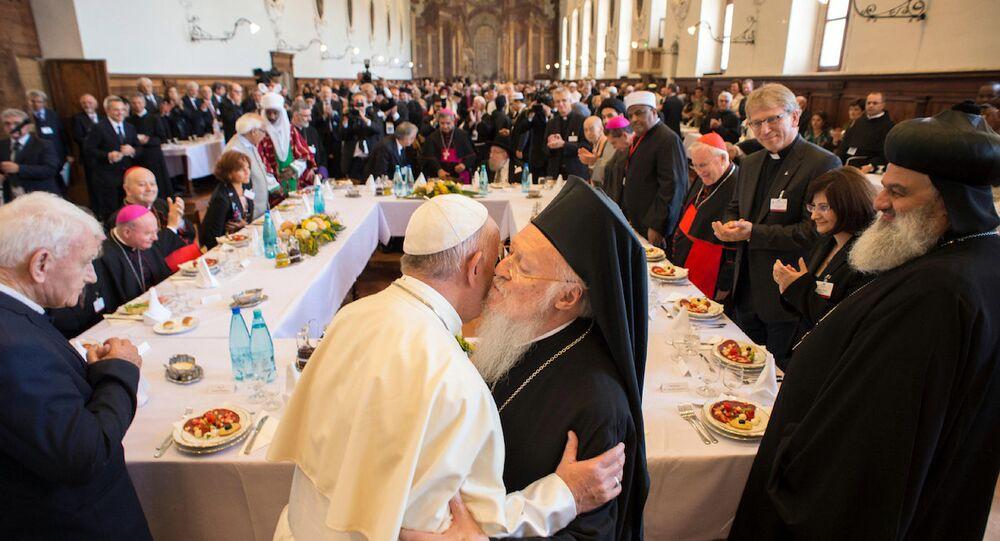 Papa Francis ve Fener Rum Patriği Bartholomeos