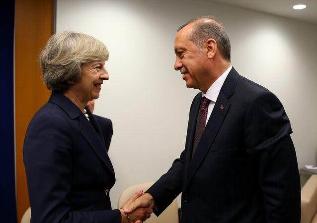 Cumhurbaşkanı Recep Tayyip Erdoğan-İngiltere Başbakanı Theresa May
