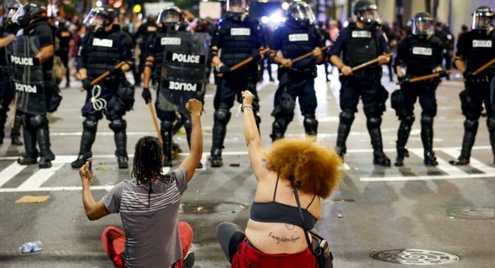 Charlotte Kuzey Carolina ikinci gün protestolar