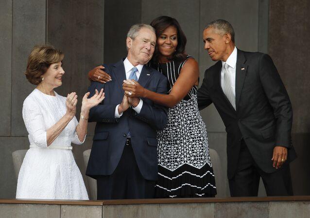 ABD Başkanı Barack Obama- First Lady Michelle Obama- Eski ABD Başkanı George W. Bush- Eski First Lady Laura Bush