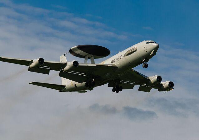 AWACS erken uyarı uçakları
