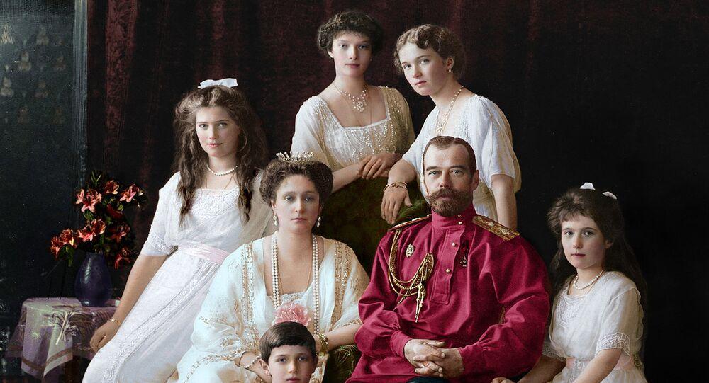 Çar İkinci Nikolay Aleksandroviç Romanov ve ailesi