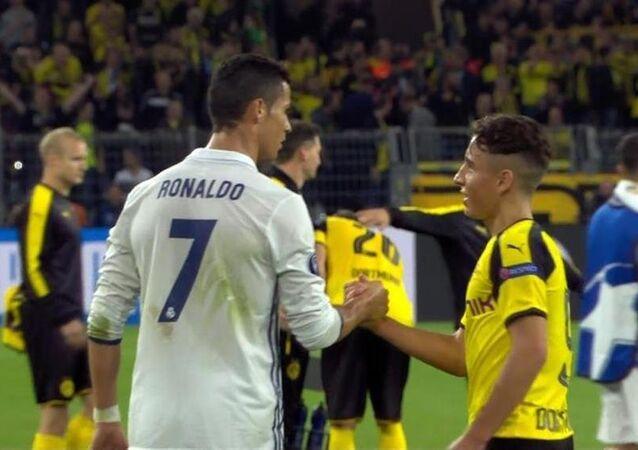 Emre Mor ve Ronaldo