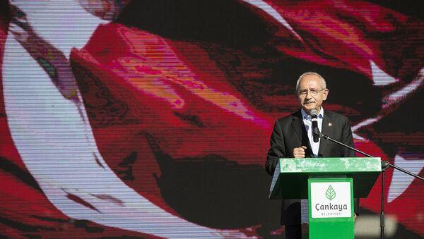 CHP Genel Başkanı Kemal Kılıçdaroğlu-Zülfü Livaneli - Sputnik Türkiye