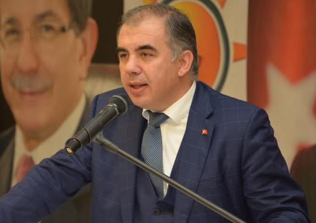 AK Parti İzmir İl Başkanı Bülent Delican