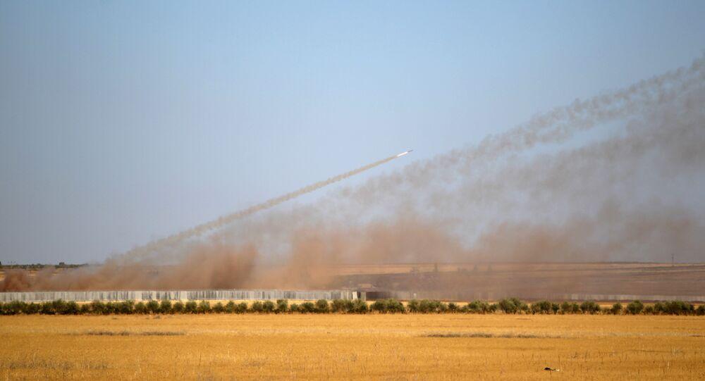 Türkiye'den Suriye'nin IŞİD kontrolündeki bölgelerine atılan roketler
