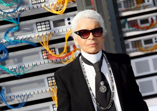 Karl Lagerfeld, Paris Moda haftası'nda