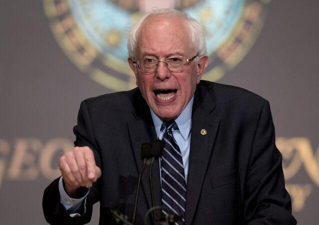 Senatör Bernie Sanders