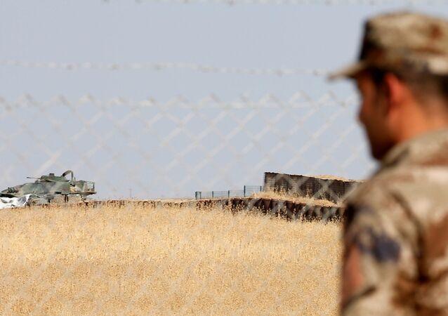 Türk askerlerinin de eğitim verdiği Irak'ın Musul kentine bağlı Başika'daki Zelikan Kampı