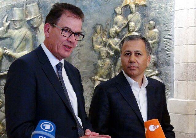 Almanya Ekonomik İşbirliği ve Kalkınma Bakanı Gerd Müller ve Gaziantep Valisi Ali Yerlikaya