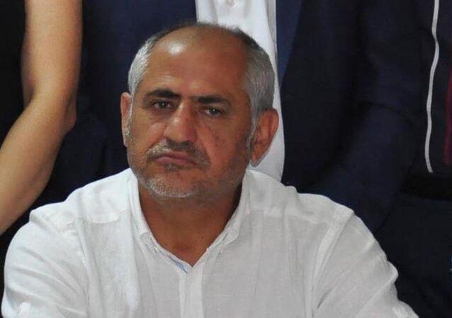 Alevi dedesi olan Hasan Ateş, FETÖ mensuplarının haberleşme sistemi 'Bylock'u kullandığı gerekçesiyle tutuklandı.